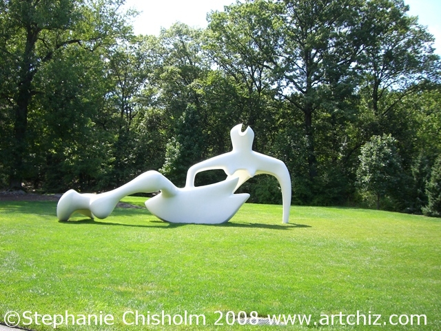 Around the Corner to the Moore Scupltures!!  Henry Moore (1898-1986) is one of the world's best known & most beloved 20th-century sculptors, know for his large-scale abstract creations